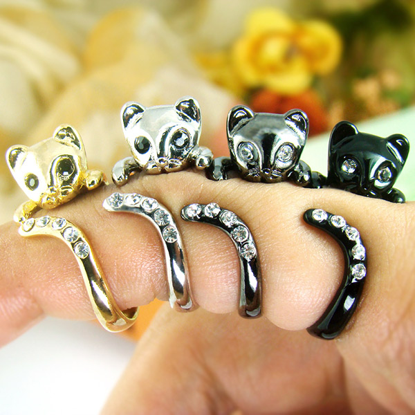 Kitty Wrap Ring With Cubic Zirconia