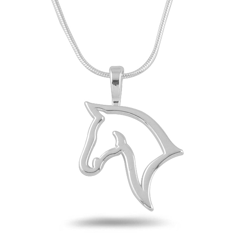 Horse head pendant necklace